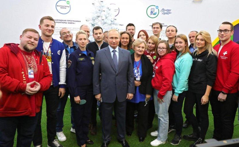 Руководитель волонтерского центра СГУ награжден благодарственным письмом Президента России